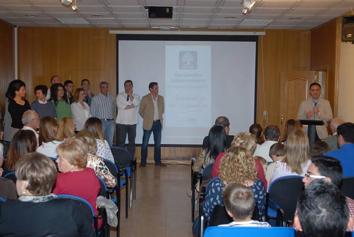 AISAB presentó su candidatura al Ayuntamiento de San Antonio de Benagéber en el Salón Multiusos el pasado domingo.