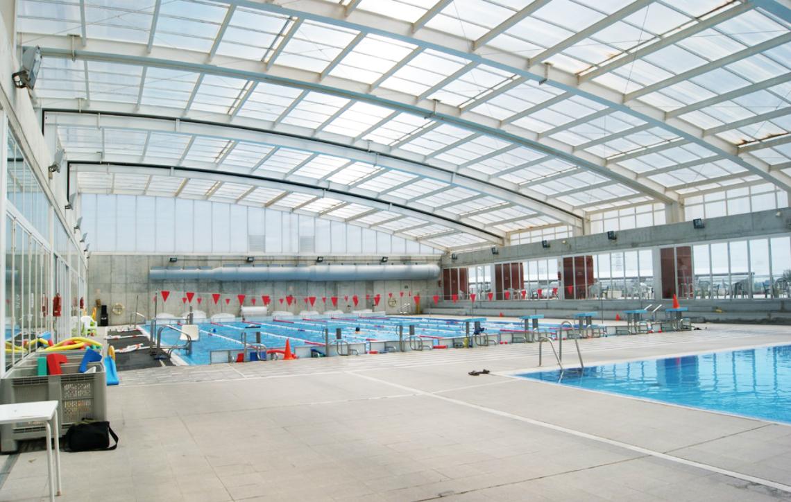 El ayuntamiento reclama a la empresa de la piscina for Piscina municipal lliria