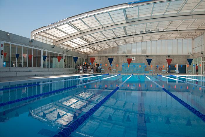 el ayuntamiento estudia sacar la piscina a concurso para