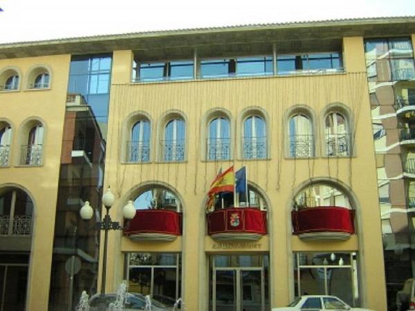 L'Ajuntament de Benaguasil aprova una baixada de l'IBI i tasa de fem