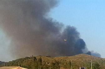 Foto incendi Forestal a Benaguasil: Twitter, Lau @LaCaSi87