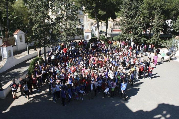 Los escolares se reunieron ayer en el Parque del Calvario de Bétera.