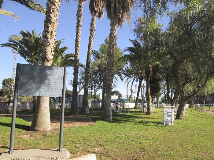 La nueva zona para realizar ejercicio al aire libre está a la entrada del polideportivo de Bétera.