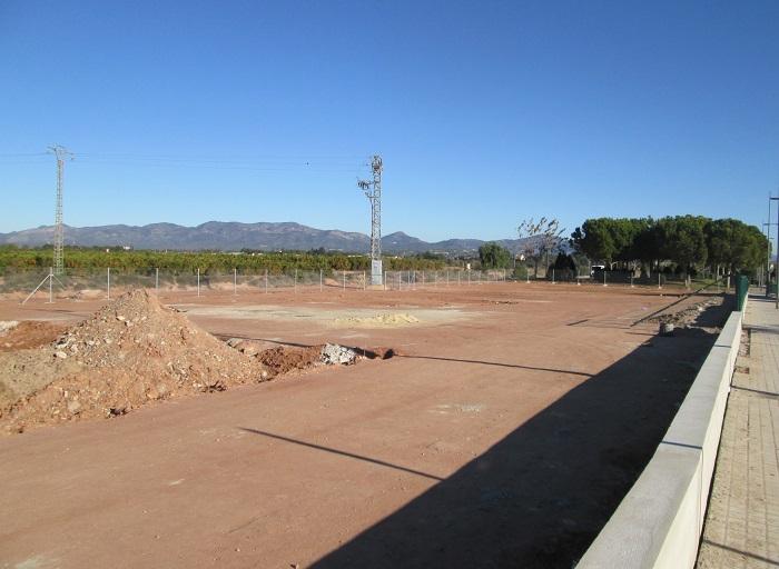 Terrenos del futuro parque canino de Bétera.