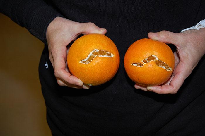 Estat de les taronges, que presenten escletxes a la pell.
