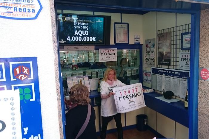 Administración de lotería número 2 de L'Eliana.