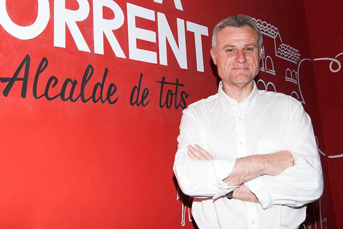 Entrevista a Salva Torrent, candidato del PSOE a la alcaldía de l'Eliana