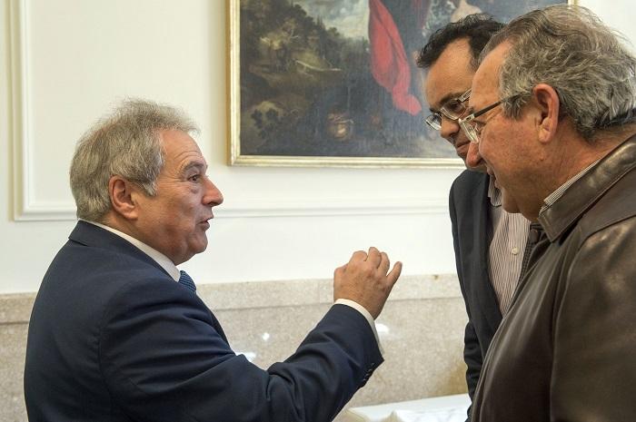 Alfonso Rus y el alcalde de Gátova, Leopoldo Romero, hoy en la Diputación.