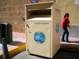Nova contrata de contenedores de ropa usada de la Pobla de Vallbona