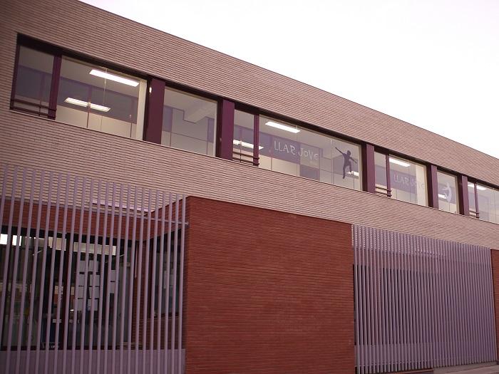 Sede de la Llar Jove de la Pobla de Vallbona.