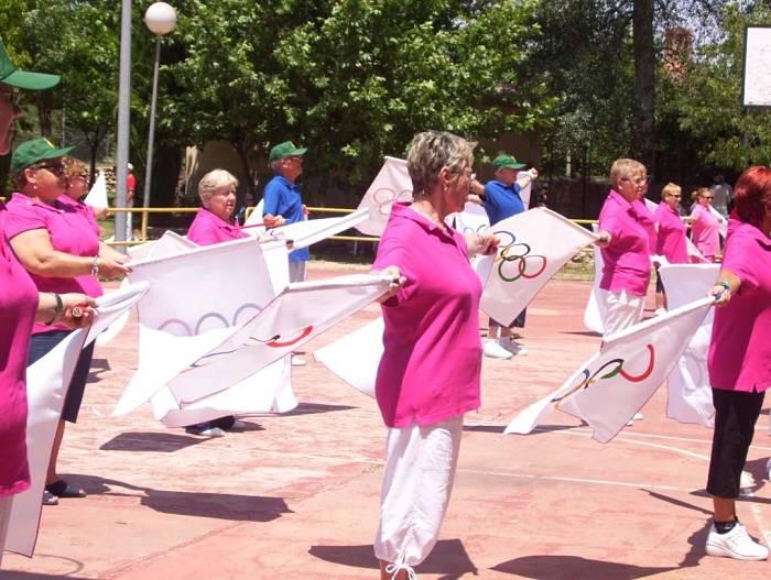 Vecinos de la Pobla en una de las actividades de la Semana Sociocultural para Mayores el pasado año.
