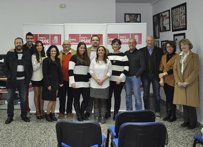 Regina Llavata con el resto de los miembros de la candidatura socialista.