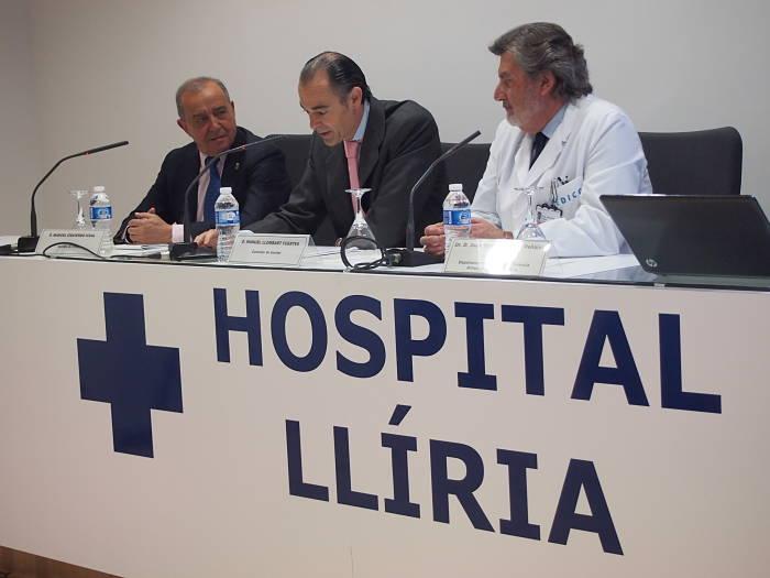 El conseller de Sanidad, Manuel Llombart, hoy en el Hospital de Llíria.