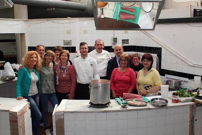 Juan Gorrea, hoy en las 'cocinas' del Mercado Municipal de Llíria.