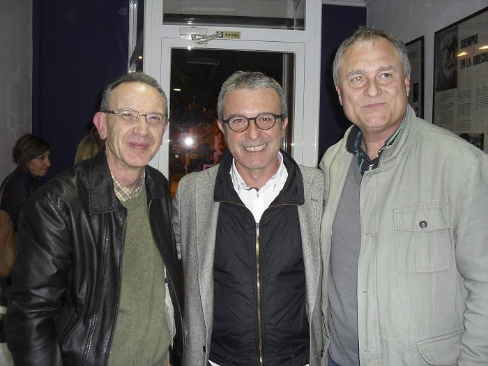 El periodista Ferran Pina y el candidato a la alcaldía de Llíria, Manolo Civera.