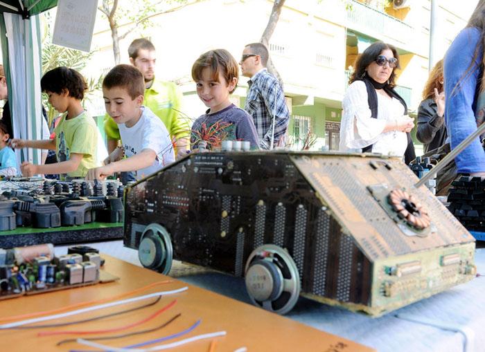 Els infants aprenen a reciclar amb el projecte 'Reciclamón'