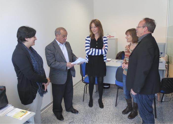 Laura Chorro visita Infodona Llíria.