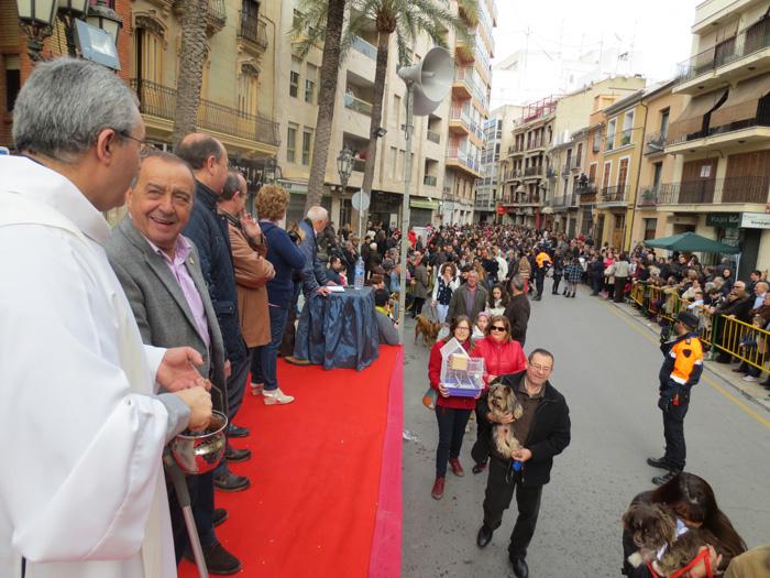 La fiesta de San Antoni congregó a más de mil personas en Llíria