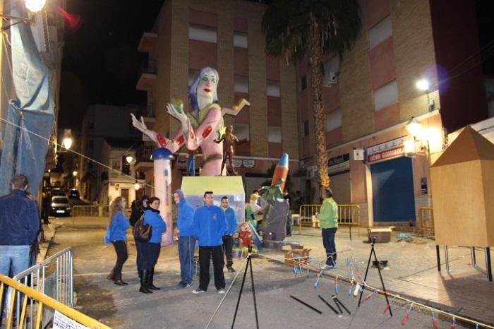 Monumento de la falla la Encarnación de Nàquera en la cremà del pasado año.