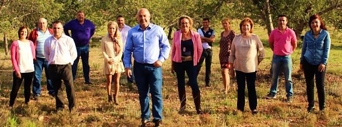 Dmián Ibáñez, junto al resto de los miembros de la candidatura de UPdN.