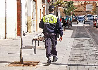 Detenidos dos presuntos ladrones de maquinaria de carpintería en Nàquera