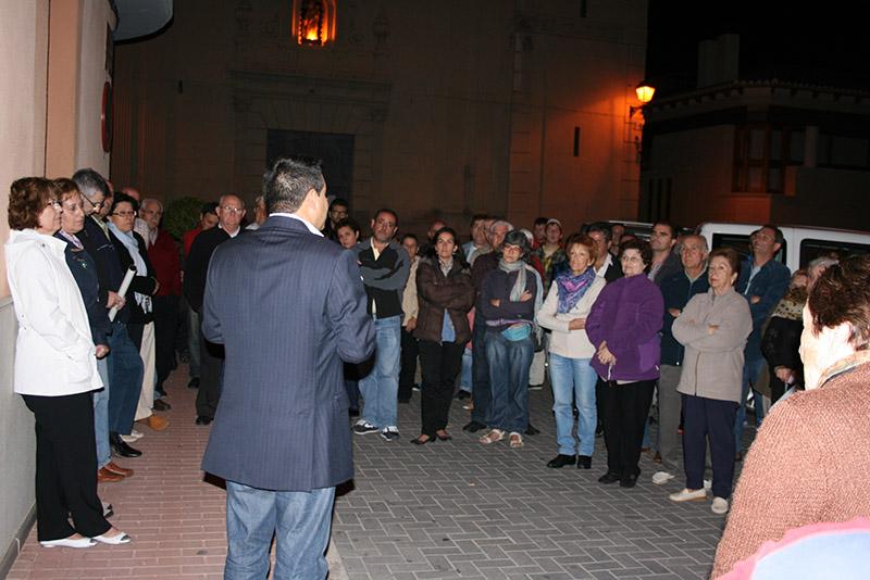 Concentración en el Ayuntamiento de Olocau