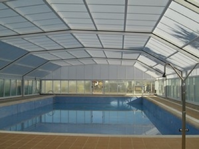 La piscina municipal tanca per obres infot ria peri dic for Piscina municipal lliria