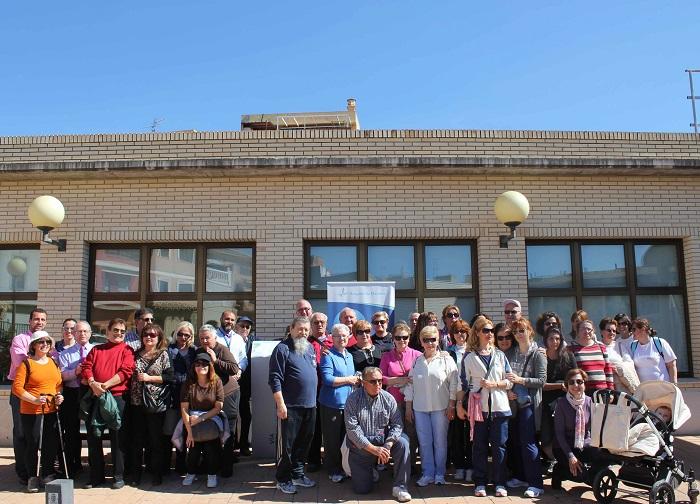 Los vecinos de Riba-roja de Túria participaron en el recorrido de la nueva ruta saludable.