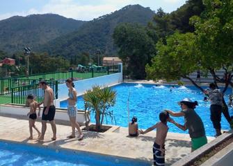 la piscina municipal estrena els seus nous horaris d estiu