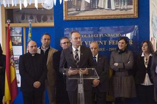 Alberto Fabra y Mª José Catalá en discurso en el Colegio Imperial de niños huérfanos San Vicente Ferrer