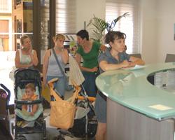 Camp de Túria La Pobla de Vallbona entrega firmas Escola Infantil Municipal
