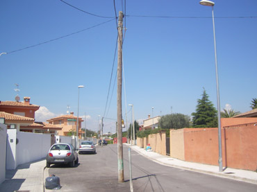 Poste de luz urbanización Maravista el camp de túria