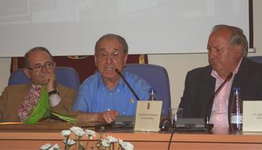 El Ayuntamiento de Riba-roja de Túria suscribe un acuerdo con el historiador local Enrique Jarabú en el camp de túria