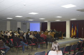 Salón de actos del Centro Social de Riba-roja de Túria, el Camp de Túria