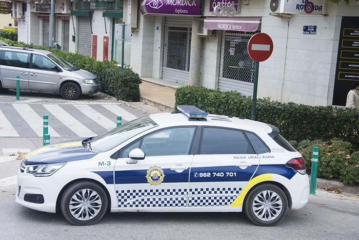coche policia de la Eliana