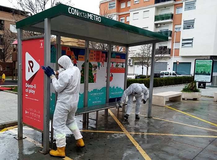desinfeccion parada autobus