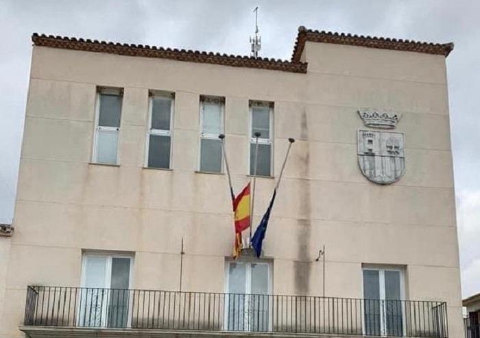 banderas ayuntamiento san antonio