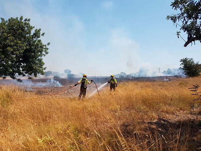 Incendio entorno hospital Llíria Camp de Túria