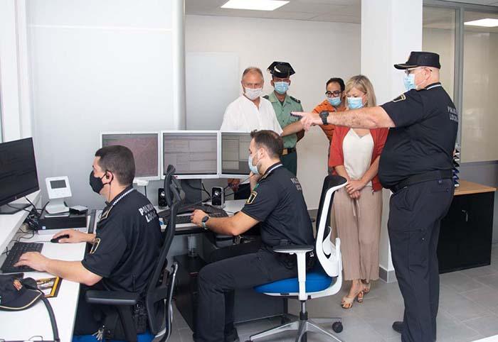 Visita a las nuevas instalaciones de la Policía Local de Llíria