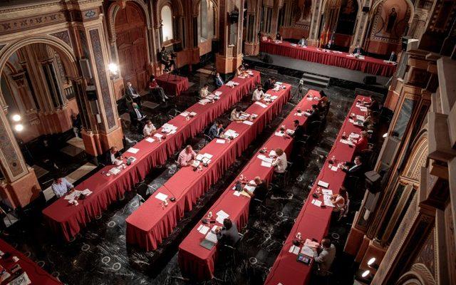 Pleno de la Diputación de València