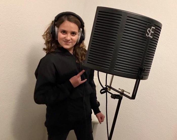 niño músico ribarroja